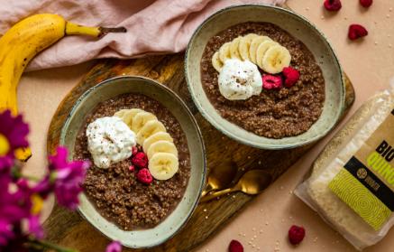 Recept - Chuťovo vyladená proteínová quinoa s čokoládou a banánom